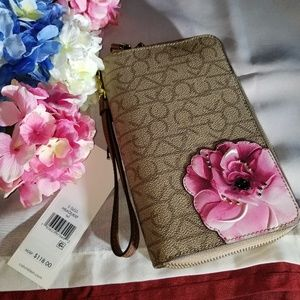 NWT Calvin Klein Travel Wallet